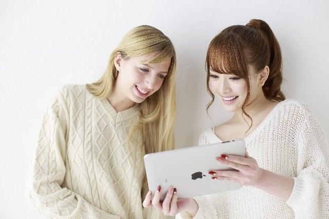アマゾンジャパンのカスタマーサービスセンター面接採用試験を受けた女性達。