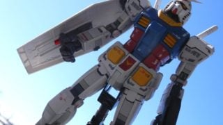 MGガンダムとシャア専用プラモデルの塗装済み完成品RX-78-2Ver3.0。