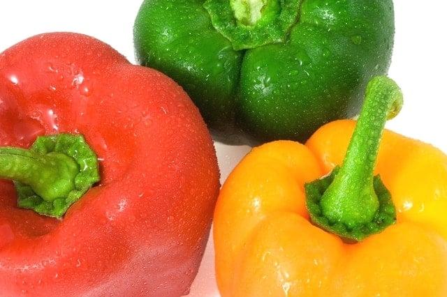 新鮮な野菜を見分ける方法!キュウリ・トマト・ピーマン編。