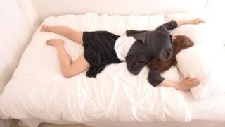 快適な眠りは枕から!ぐっすり眠れる安眠枕とカバーで睡眠不足解消。