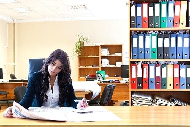 税理士は女性向きの資格?短期間で国家資格に合格する方法と仕事内容。