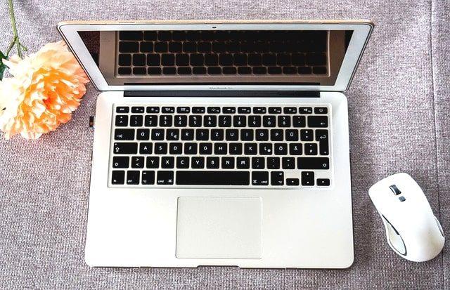 ノートパソコンにM.2を増設して光の速さに?SSDの種類や機能を解説。